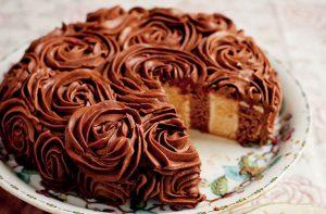 سفره ارایی کیک