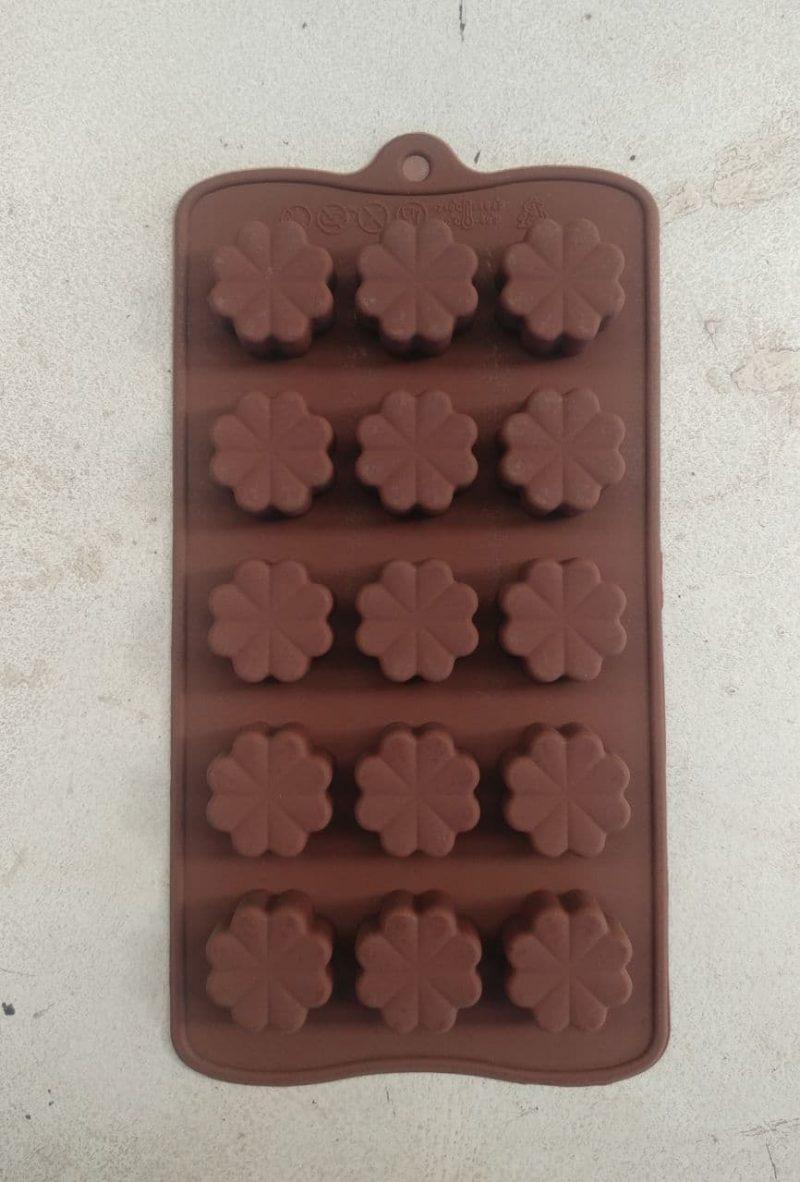 قالب سیلیکون شکلات طرح شبدر 4